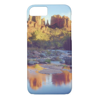USA, Arizona, Sedona. Cathedral Rock reflecting iPhone 8/7 Case