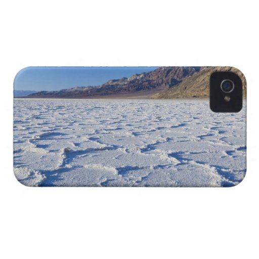 USA, CA, Death Valley NP, Salt Formations at Blackberry Bold Cover