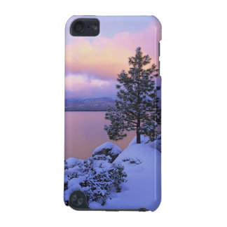 USA, California. A winter day at Lake Tahoe. iPod Touch 5G Cover