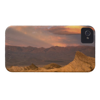 USA, California, Death Valley National Park. 2 iPhone 4 Case-Mate Case