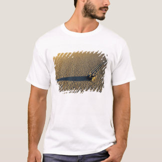 USA, California, Death Valley National Park. 2 T-Shirt