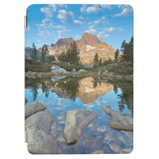 USA, California, Inyo National Forest 5 iPad Air Cover