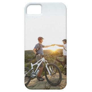 USA, California, Laguna Beach, Two bikers on iPhone 5 Cover
