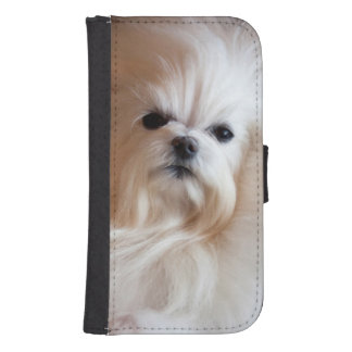 USA, California. Maltese Lying Down Samsung S4 Wallet Case