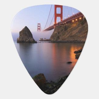 USA, California, San Francisco. Golden Gate Plectrum