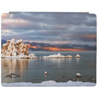 USA, California, Sunrise at Mono Lake iPad Cover