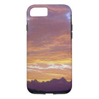 USA, California, Sunset over the Sierra Nevada iPhone 8/7 Case