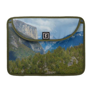 USA, California. View Of Half Dome In Yosemite Sleeve For MacBooks