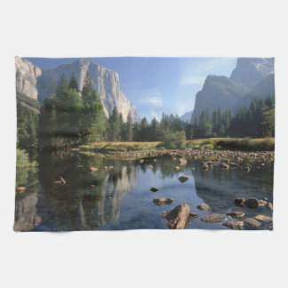USA, California, Yosemite National Park, 5 Tea Towel