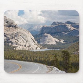 USA, California, Yosemite National Park Mouse Mat