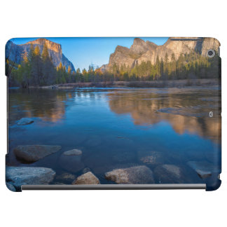 USA, California. Yosemite Valley View 2