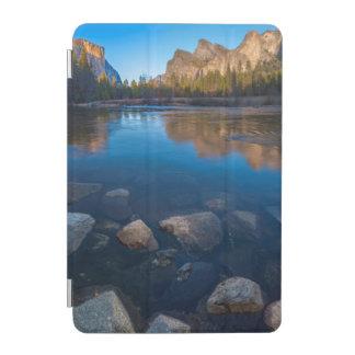 USA, California. Yosemite Valley View 2 iPad Mini Cover