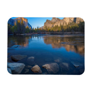 USA, California. Yosemite Valley View 2 Magnet