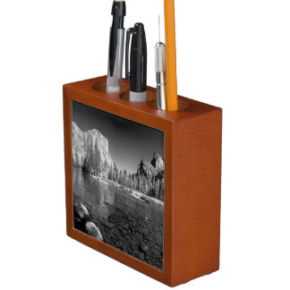 USA, California. Yosemite Valley View Desk Organiser
