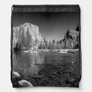 USA, California. Yosemite Valley View Drawstring Bag