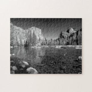 USA, California. Yosemite Valley View Jigsaw Puzzle