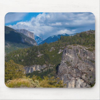 USA, California. Yosemite Valley Vista 2 Mouse Mat