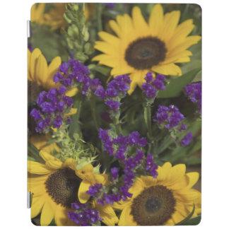 USA, close-up of bridal flower arrangement, iPad Cover