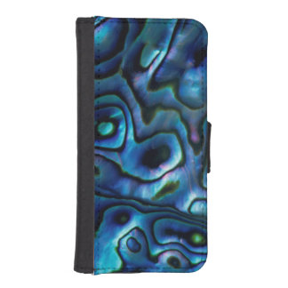 USA, Colorado, Lafayette. Abalone shell iPhone SE/5/5s Wallet Case