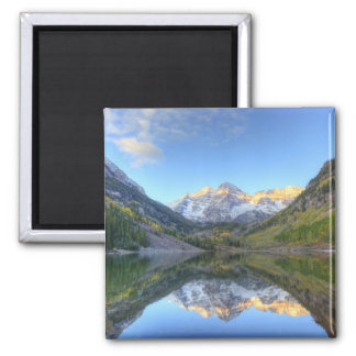 USA, Colorado, Maroon Bells-Snowmass Square Magnet