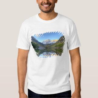 USA, Colorado, Maroon Bells-Snowmass Tee Shirts