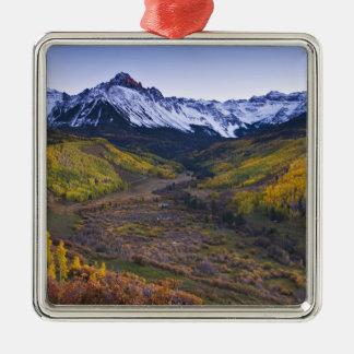 USA, Colorado, Rocky Mountains, San Juan Silver-Colored Square Decoration