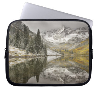 USA, Colorado, White River National Forest, Laptop Sleeve