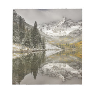 USA, Colorado, White River National Forest, Notepad