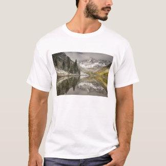 USA, Colorado, White River National Forest, T-Shirt