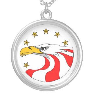USA - 'EAGLE' ROUND PENDANT NECKLACE