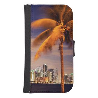 USA, Florida, Miami skyline at dusk Samsung S4 Wallet Case