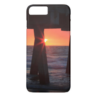 USA, Georgia, Tybee Island, Tybee Pier iPhone 8 Plus/7 Plus Case