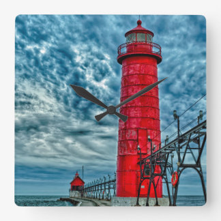 USA, Grand Haven, Michigan, lighthouse Square Wall Clock