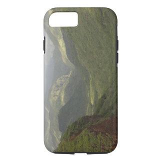 USA, Hawaii, Kauai, Canyon overlook. (RF) iPhone 8/7 Case