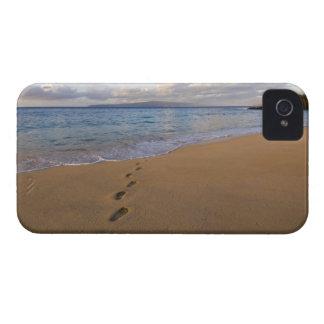 USA, Hawaii, Maui, Wailea, footprints on beach 2 Case-Mate iPhone 4 Case