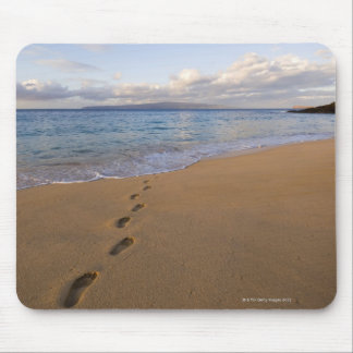 USA, Hawaii, Maui, Wailea, footprints on beach 2 Mouse Mat