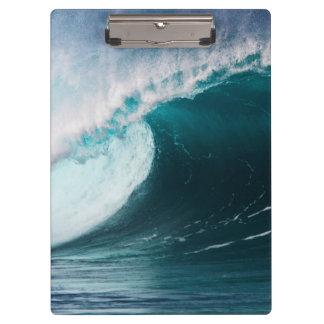 USA, Hawaii, Oahu, Large waves Clipboard