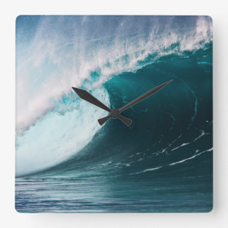 USA, Hawaii, Oahu, Large waves Square Wall Clock