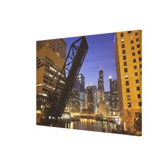 USA, Illinois, Chicago, Chicago River Canvas Print