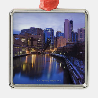 USA, Illinois, Chicago, City reflected in Christmas Ornament