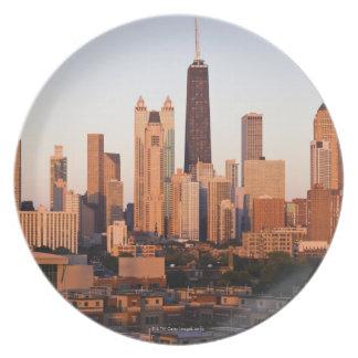 USA, Illinois, Chicago, City skyline at sunset Plate