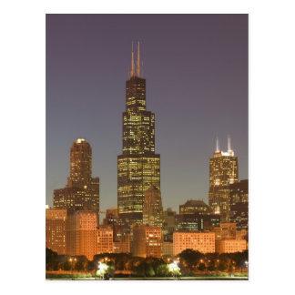 USA, Illinois, Chicago: City Skyline / Evening Postcard
