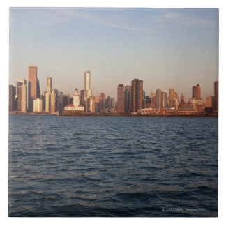 USA, Illinois, Chicago, City skyline over Lake 10 Tile