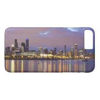 USA, Illinois, Chicago, City skyline over Lake 5 iPhone 8 Plus/7 Plus Case
