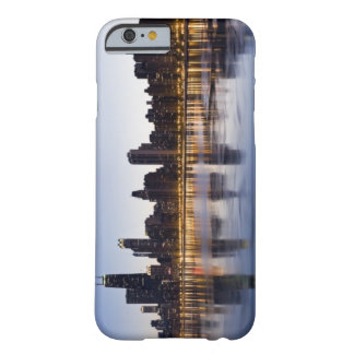 USA, Illinois, Chicago, City skyline over Lake 6 Barely There iPhone 6 Case