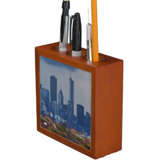 USA, Illinois, Chicago, cityscape Desk Organiser