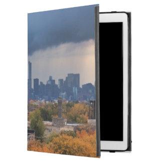 "USA, Illinois, Chicago, cityscape iPad Pro 12.9"" Case"