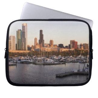 USA, Illinois, Chicago harbor and skyline Laptop Sleeve