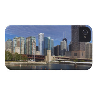 USA, Illinois, Chicago skyline across river Case-Mate iPhone 4 Case
