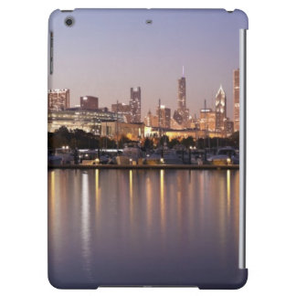 USA, Illinois, Chicago skyline at dusk